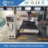 Selbsthilfsmittel, das CNC-Gravierfräsmaschine ändert