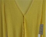 Knitwear цвета кардигана V-Шеи повелительниц чисто с кнопкой