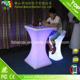 熱い販売屋外LEDの家具、白いLEDのソファーによってつけられる家具