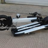 2 rotelle illuminano il motorino elettrico piegato di mobilità della lega di alluminio