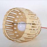 DIY創造的な木ボールのArtcraftのシャンデリア