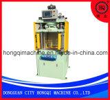 ゴム製製品の打つ機械