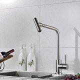 Crisol del acero inoxidable del grifo de la cocina con el golpecito rotación de 360 grados