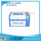 máquina del cortador del grabador del laser del CO2 de 40W 50W 60W para de acrílico/el plástico/la madera