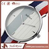 Reloj de señoras modificado para requisitos particulares de Digitaces del acero inoxidable del deporte de la insignia