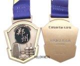 Изготовленный на заказ медаль, идущие спорты с сплавом цинка, двойные стороны 3D