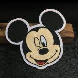 Заплата шаржа мыши Micky сплетенная формой