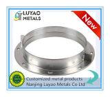 Material de aluminio con trabajar a máquina del CNC