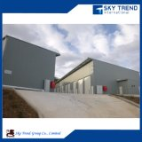 Gráfico prefabricado de la estructura de acero del taller de la luz económica de China