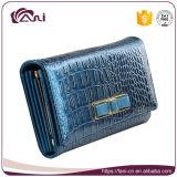 Raccoglitori di cuoio di eleganza per le donne, signora blu Wallet del grano del coccodrillo con l'alta qualità