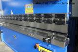 Máquina de dobra hidráulica manual do freio da imprensa da placa de Wf67y 63t/2500