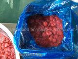 Gefrorene Erdbeere mit dem Zucker hinzugefügt