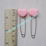 Pinos de segurança de venda quentes do tecido do favor do chuveiro de bebê da forma da cabeça do coração da cor da cor-de-rosa de bebê