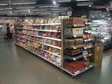 Estantería de la exhibición de la góndola del supermercado