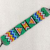 De kleurrijke Seedbead Geweven Armband van Bohemen