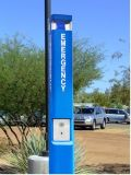 青く軽い緊急事態はタワー、キャンパスのためのSosの電話、公園のヘルプの電話に電話をかける