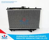 Предварительные автозапчасти продают радиатор оптом приспособленный для цены 1989-1990 двигателя Mazda Asrina 323ba Mt охлаждая