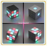 LEIDENE van het Product van de Prijs van de fabriek Spreker Bluetooth van de Sport van de Spreker van Nieuwe de Lichte Bluetooth van de Kubus Rubik Mini Draadloze (ID6025)