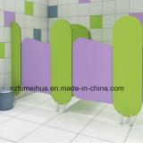 Panneau phénolique coloré de partition d'urinal pour le jardin d'enfants