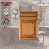 Portello di legno intagliato stile europeo dell'armadio da cucina del comitato (GSP5-020)