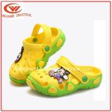 Chaussures d'entrave de Confortable de chaussures de jardin de gosses congelées par été pour des enfants