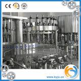Equipamento de enchimento e embalagem de garrafas de água mineral