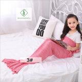 90cm*50cmのかぎ針編みの人魚のテール毛布の柔らかい寝袋編まれた毛布