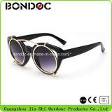 Óculos de sol polarizados da lente do revestimento de espelho do estilo da forma
