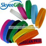 Braccialetto personalizzato del Wristband del silicone di Debossed