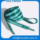 La aduana promocional calza cordones bonitos del poliester de los accesorios