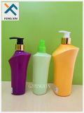 Superfície de impressão da tela que segurado frascos cosméticos plásticos do champô e da loção de 250ml 500ml