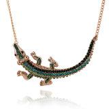 Bijou Exaggerated de collier de foulard de crocodile de diamant d'alliage de mode