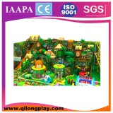 Equipamento interno macio do campo de jogos dos miúdos coloridos
