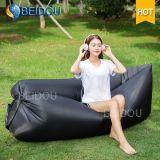 膨脹可能なLaybagの空気ソファーの折り畳み寝台のスリープの状態である不精な袋