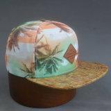 chapeau plat de Snapback de bord de l'unité centrale 5-Panel avec le logo de cuir gravé en relief
