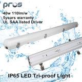 IP65 LED Batten Light 40W con cubierta helada o cubierta lechosa para las promociones de la Navidad
