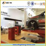 タイヤの中心のための車のテストのアラインメント