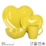 Insieme di pranzo di ceramica del cuore variopinto di amore