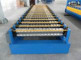 機械を形作る電流を通された鋼鉄屋根ふきロール