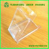 Caixa plástica transparente do animal de estimação do pacote