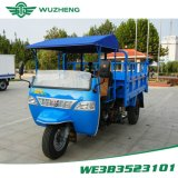 Véhicule diesel de roue du Chinois trois de Waw avec les dispositifs de protection en cas de renversement et le parasol