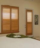더 싼 가격 및 니스 질 PVC 또는 참피나무 재배지 셔터