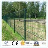 El panel de acoplamiento soldado galvanizado y PVC cubierto de la cerca de alambre
