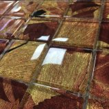 Moderne Art-Ahornblatt-lamelliertes Glas-Mosaik-Fliese