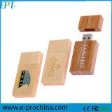 무료 샘플을%s 로고를 인쇄하는 Laser를 가진 도매 나무 USB 기억 장치