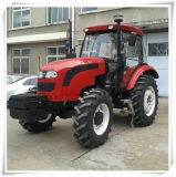 90HP 4WD Hx Tractor con Implements da vendere