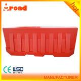 Barrera de agua plástica para el uso del tráfico