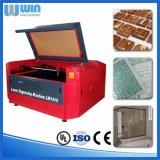 Preiswerte Preis-Laser-Ausschnitt-Maschine für Gewebe, Leder, Tuch, Gewebe