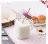 De in het groot Transparante Kruik van de Metselaar voor de Fles van de Melk van het Glas van de Drank met Dekking
