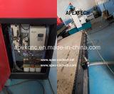 Mobília que anuncia o router do CNC com manufatura movente da tabela